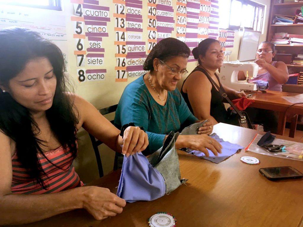 Granos Solidarios – Proyecto de costura